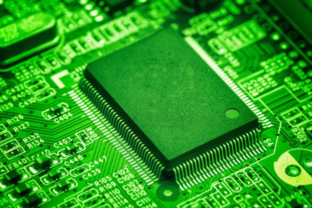 How CriticalRiver helps Large Hi-tech Semiconductor Companies in their Digital Transformation Journey